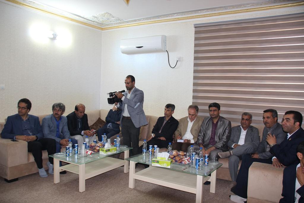دیدار مسئولین شهرستان قشم با امام جمعه اهل سنت شیخ عبدالرحیم خطیبی (2)