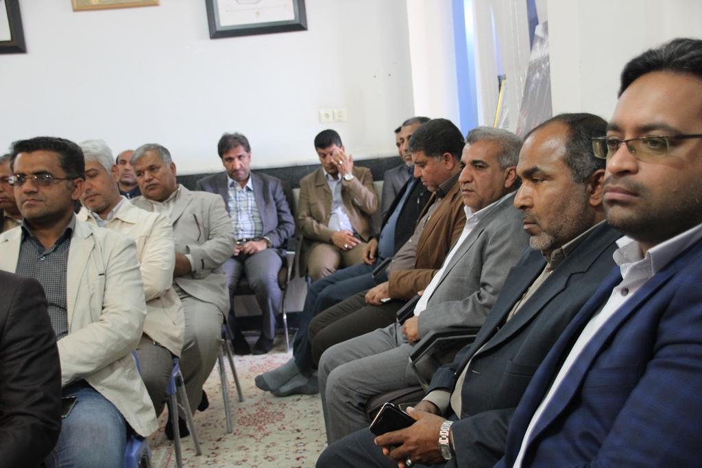 دیدار مسئولین شهرستان قشم با امام جمعه شهرستان (4)