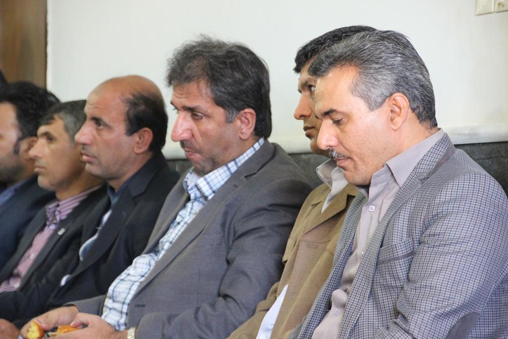 دیدار مسئولین شهرستان قشم با امام جمعه شهرستان (6)