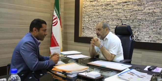 اولین دیدار شهردار قشم با مدیر عامل سازمان منطقه آزاد در سال جدید