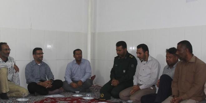 دیدار شهردار و فرمانده سپاه از بسیجیان پایگاه شهید الله دادی
