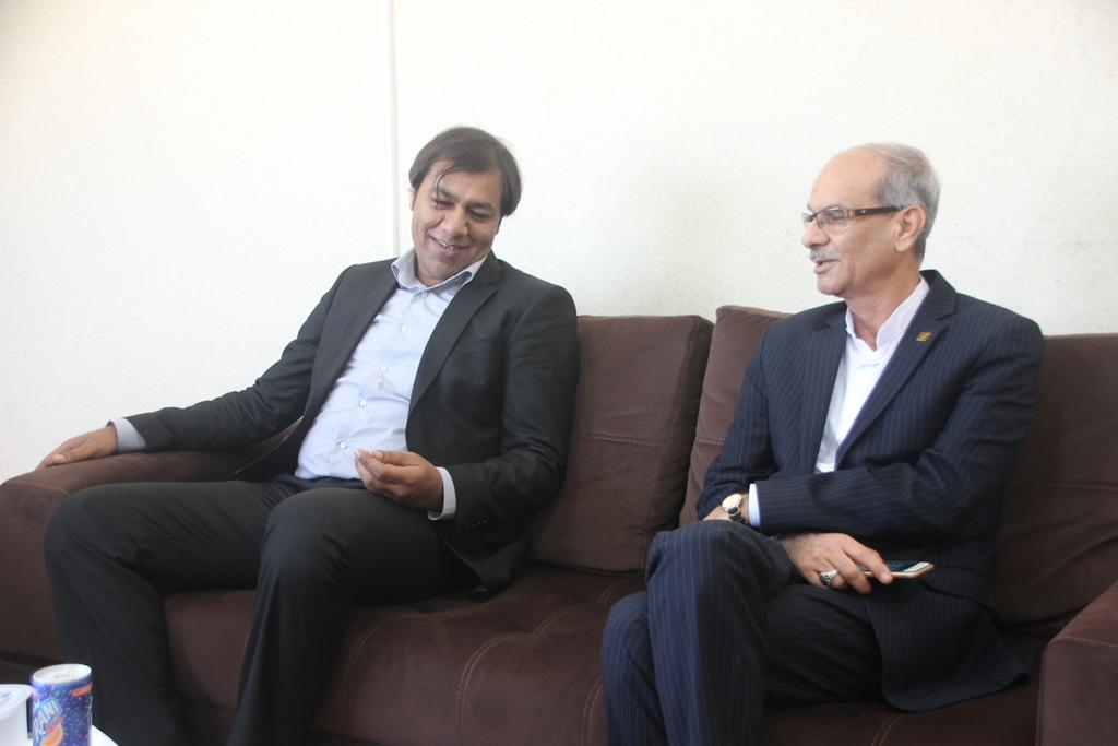 شهردار قشم : در رسیدن به شهر ایده آل ، توجه به خدمات بانکی از ضروریات است