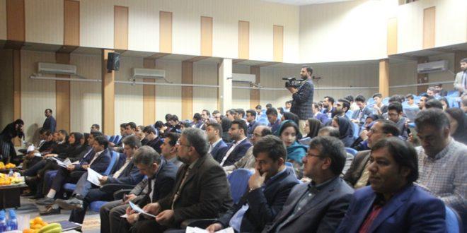 مراسم اختتامیه هفتمین جشنواره سراسری نشریات دانشجویی برگزار شد