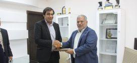 تجلیل از شهردار قشم توسط مدیر آموزش و پرورش