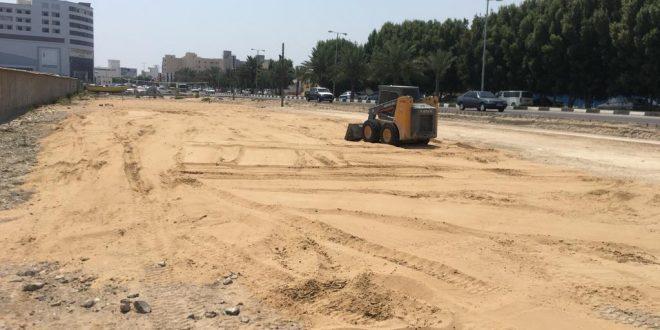 تسطیح ماسه بادی زمین فوتبال ساحلی پشت پارکینگ صیادان